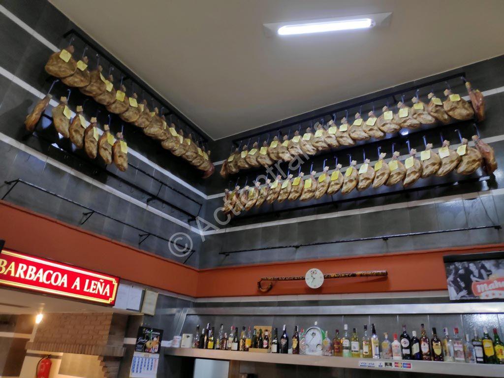 1040320 1 barracas jambons